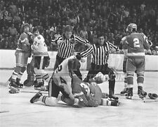 Terry O'Reilly Boston Bruins fight punch on ice 8x10 11x14 16x20 photo 744