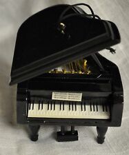 PIANO CHRISTMAS TREE ORNAMENT BABY GRAND PIANO ORNAMENT