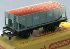 Triang Railways, T271, TT Gauge (3mm) Bulk Ore wagon with bauxite load