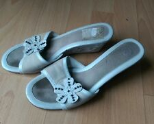 K CLARKS WOMENS LEATHER WHITE BEIGE FLORAL SLIP ON MULES HIGH WEDGE SIZE UK 7 41