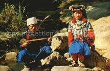 72595154 Typen North Thailand Thai Liso Hill Tribe and Girl Thai-Style Gitar Typ