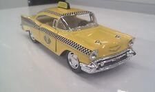 1957 Chevrolet Bel Aire TAXI KINSMART Coche Juguete Modelo 1/40 Escala de metal