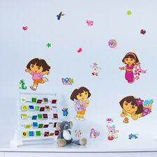 Dora THE EXPLORER Bambini Ragazza asilo camera da letto Adesivi Murali Decalcomanie Decor UK