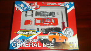 Dukes of Hazzard 1969 Dodge Charger General Lee by ertl rare kit 1:64