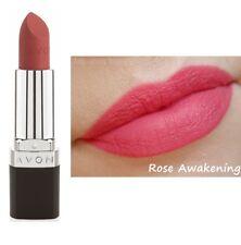"""Rouge à lèvres mat rose """" ROSE AWAKENING """" AVON - longue tenue, ne déssèche pas"""