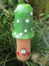 Keramik Pilz Beetstecker grün Garten Terrasse Handarbeit Deko Beet Herbst 50828
