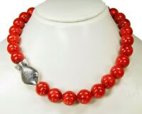 Halskette aus Schaumkorallen mit Tibet-Silber-Fisch-Perlen Zwischenteilen
