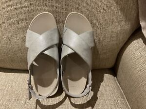 Fitflop Lulu Cross back strap open toe Women's Silver sandals shoes UK size 6.5