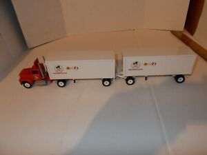 Winross Fredrickson Tractor with Double Trailer 1/64 Scale