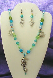 NEW HAND MADE TURQUOISE GLASS BEAD NECKLACE EARRING JEWELRY SET SEAHORSE