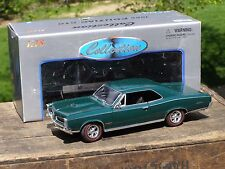 Welly 1966 Pontiac GTO Green Diecast Car 1:18 Scale