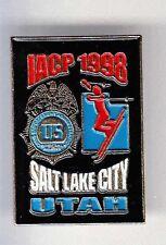 RARE PINS PIN'S .. POLICE USA IACP UTAH GAMES SKI SKIING TEAM ~BF