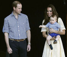 Catherine, Duchess of Cambridge & Prince William UNSIGNED photo - H5874