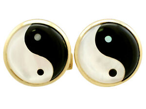 Mother of Pearl and 9Carat Yellow Gold Cufflinks - Vintage Circa 1980