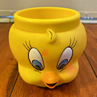 Vintage Warner Bros Looney Tunes Tweety Bird Plastic Character 1992 Mug Cup EUC
