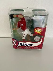 Bryce Harper McFarlane MLB 31 ( Variant Gold Cleats) 589/1000