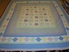 Nice Multi-Color Flower & Block Pattern w/Granny Square Frame Quilt