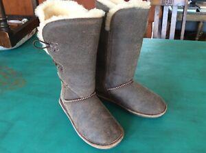 Bear Paw Women's Brown 8 inch tall Boot EUC Size 6