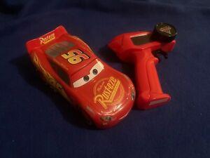 DISNEY / PIXAR Lightning McQueen Mini RC Car Radio Control Toy (Cars 3)
