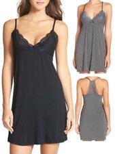 Pijamas y batas de mujer de color principal negro talla XL