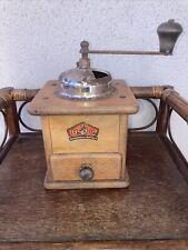 Ancien moulin a cafe Allemand B.C Geschmiedetes Mahlwerk