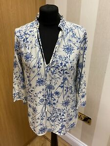 Ladies White & Blue Flowered 3/4 Sleeve Blouse From M & S Collection UK 10