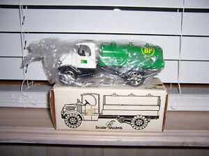 Ertl Scale Models BP OIL 1935 Mack Tanker Coin Bank (New In STAINED Box)