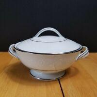 Noritake China Buckingham Sugar Bowl with Lid White Flowers on White