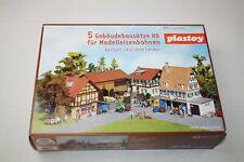 plastoy H0 / 5 Gebäudebausätze für Modelleisenbahnen Dorfset Auf dem Land #0186