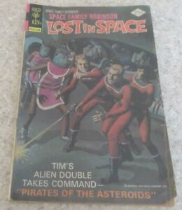 Space Family Robinson Lost in Space 48, (VG 4.0) 1976