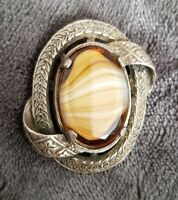 VINTAGE MIRACLE CARAMEL BANDED AGATE GLASS OVAL SCOTTISH BROOCH PIN SIGNED