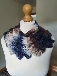 Women's Hand Knitted Scarf - Frosted Leaves