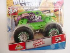 """MONSTER JAM """" GRAVE DIGGER GREEN 30TH ANNIVERSERY """" WITH TOPS CARD"""