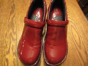 Womens Red Born Concept BOC,Red Faux Patent Nurse comfort shoe size 7.5M