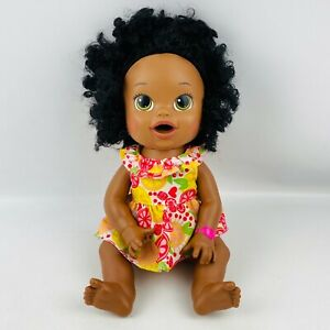 Hasbro Baby Alive Super Snacks Snackin' Sara African American Bilingual 2014