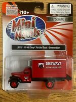 Classic Metal Works HO Scale '41/'46 Chevy Flat Bed Truck Drewrys Beer #30518