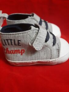 Carter's Child Of Mine Baby Shoes Little Champ Sneakers Size 0-3 months