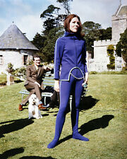 The Avengers Patrick Macnee Diana Rigg In Purple Cat Suit Outdoors 8x10 Photo