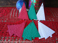 10 Kraft Gift Swing Tags Embossed Merry Christmas Tree Red Green White Present