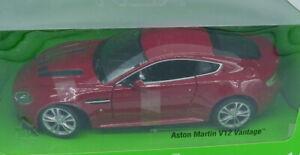 Voiture Aston Martin V12 Vantage  au 1:24 par Welly