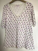 Ladies Store Twenty One Cream & Purple Floral Patterned Pyjama Top. Size 22-24