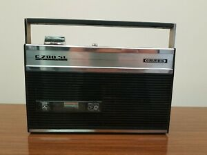 Grunding C 200 sl automatic Portable Cassette Player Recorder vintage