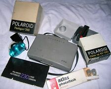 60's POLAROID 230 AUTOMATIC LAND CAMERA w/FLASHGUN & CLOSEUP KIT- FREE SHIPPING