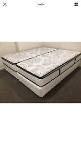 Sleepy King Size Pillow top bed Ensemble (mattress and base)