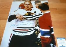 BECKETT-BAS BOBBY HULL BLOODY FACE BLACKHAWKS AUTOGRAPHED-SIGNED 16X20 PHOTO 801