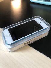 Apple iPod Touch 5th Generation Blue (16 GB) Bundle