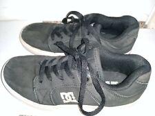 DC Shoes™ Kid's - black size 5 good condition