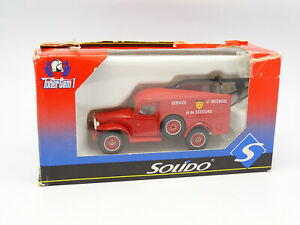 Solido Firefighters 1/50 - Dodge 4X4 WC53 Tow Truck
