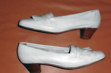 Pumps mit Quasteln -Damen - Marke: GEORG HORSCH - weiß - Gr. 42