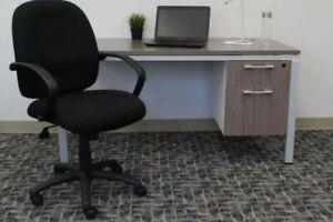 Adjustable Swivel Computer Chair Ergonomic Gaming Desk Seat, Black Brand New